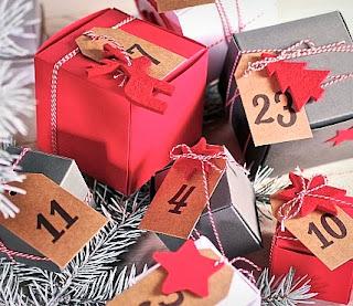 faire un calendrier avec des boîtes en carton, calendrier de l'avent Diy