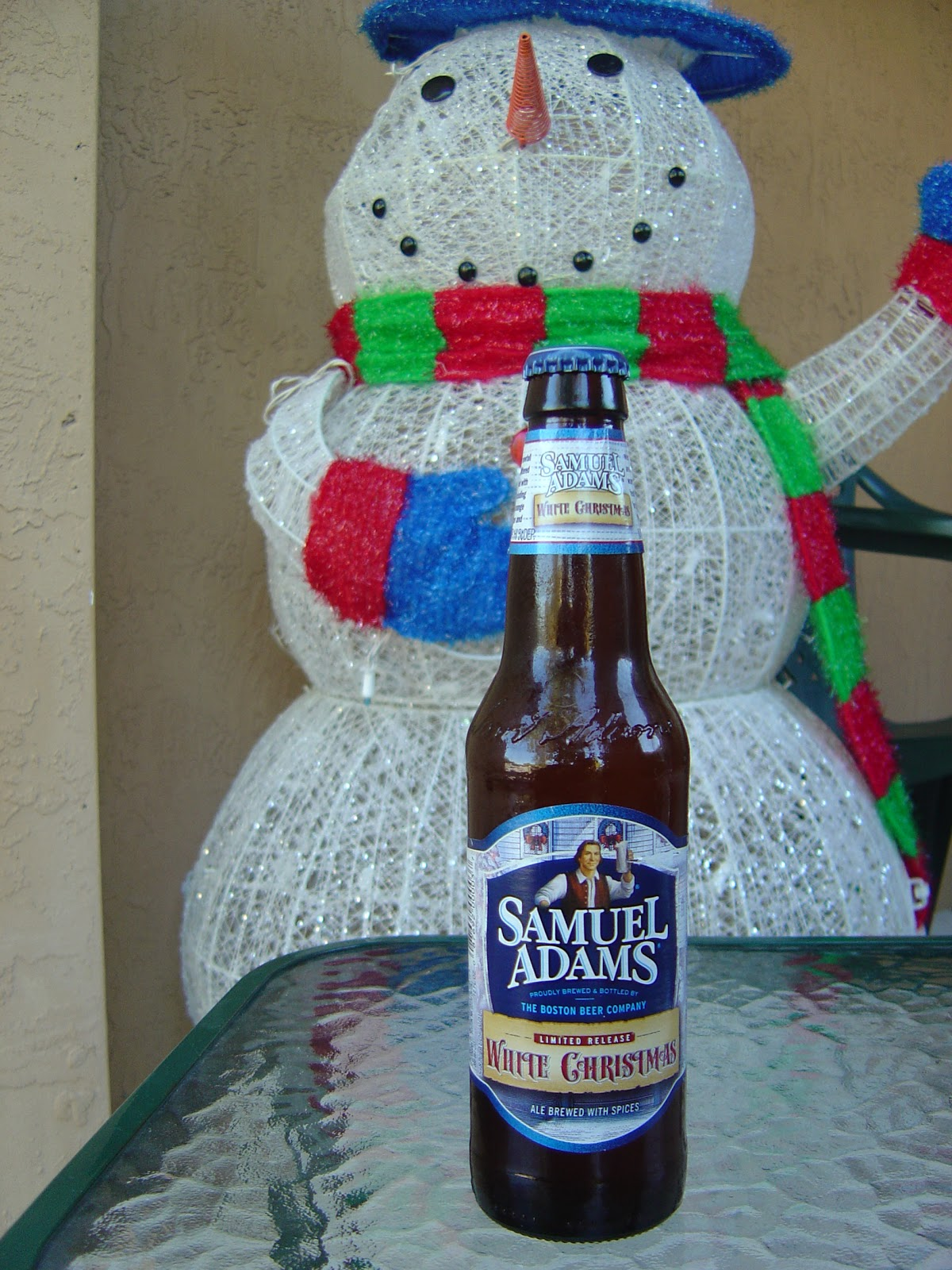 part of a mixed 12 pack i nominate it to headline the next one and will happily offer my opinion on which others to be its cousins nice beer sam - White Christmas Sam Adams
