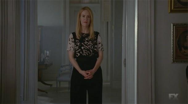 Sarah Paulso en American Horror Story Coven 3x01