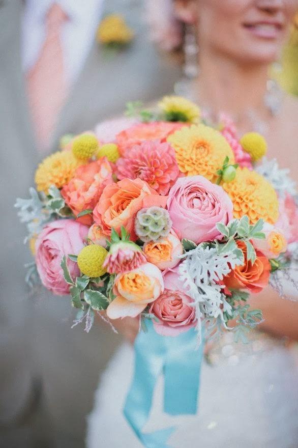 сватбен букет за сватба с тема чаено парти