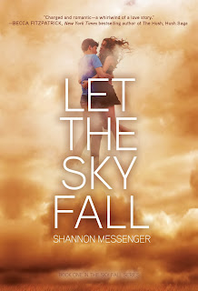 http://www.amazon.de/Let-Sky-Fall-Shannon-Messenger/dp/144245041X/ref=sr_1_1?s=books-intl-de&ie=UTF8&qid=1386175732&sr=1-1&keywords=let+the+sky+fall