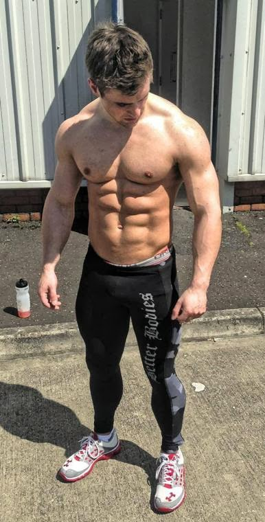vaesthetic muscle, Ben Mudge, bodybuilder, great abs, male fitness model, male model, muscle, physique, ripped muscle, vascular muscle,