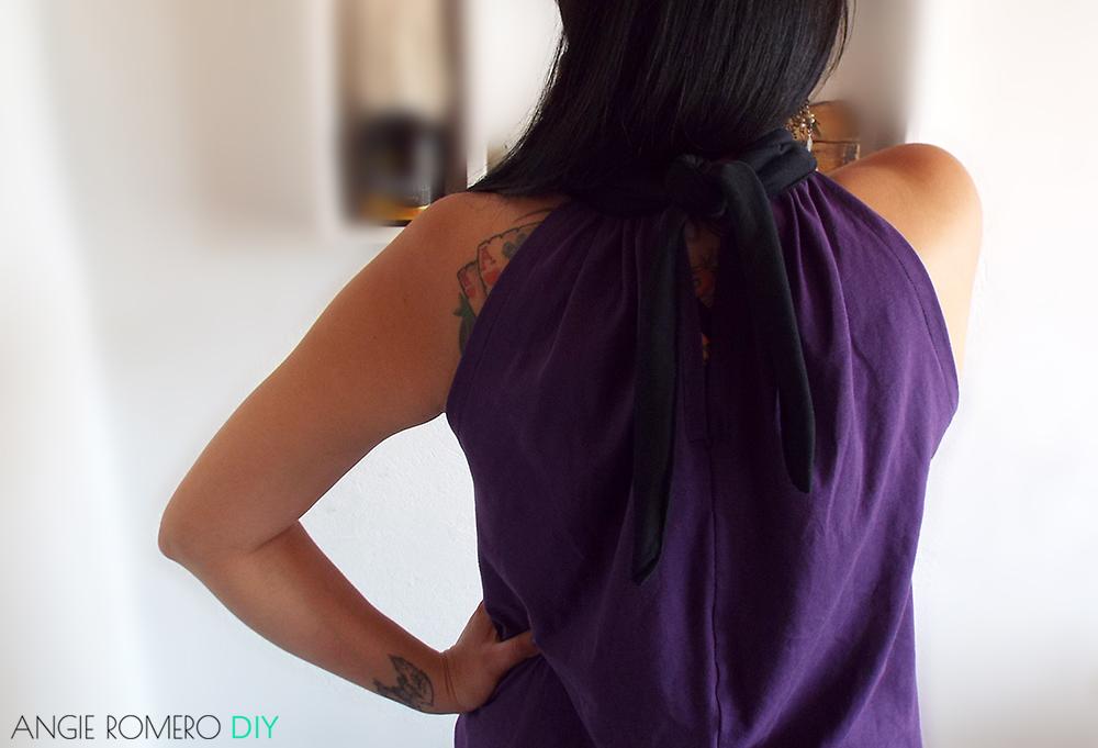 Blusa cuello halter hombros descubiertos