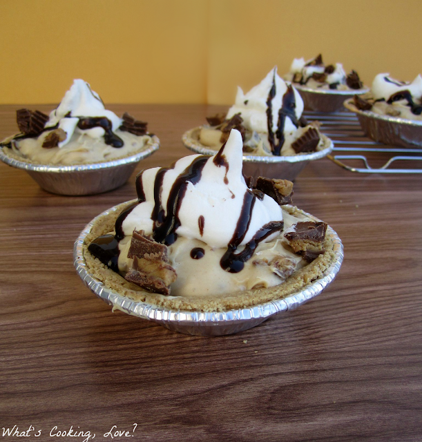 Mini Reese's Peanut Butter Pies - Whats Cooking Love?