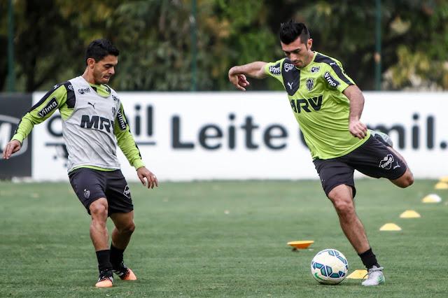 Dependendo da estratégia traçada por Levir Culpi, Josué e Dátolo podem ser escalados na equipe titular nesta quarta (Foto: Bruno Cantini/CAM)