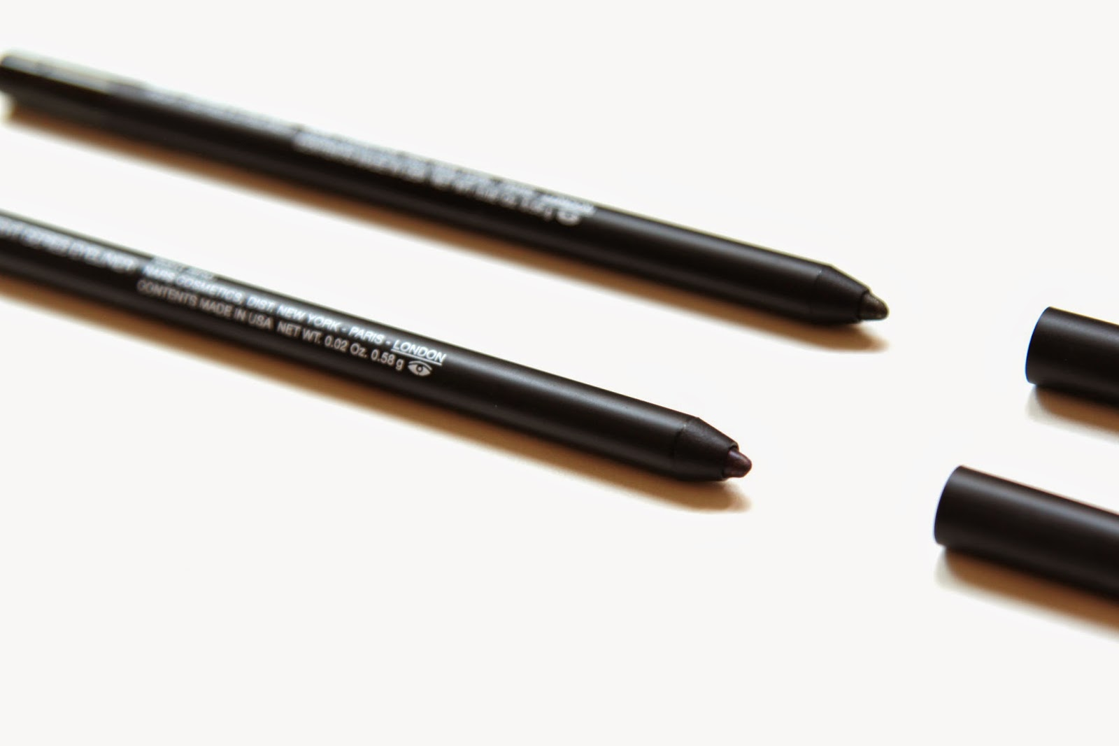 NARS Larger than life eyeliner night series