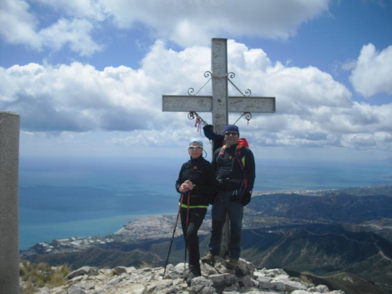 PICO DEL CIELO: Montaña de 1.508 m sobre Nerja.