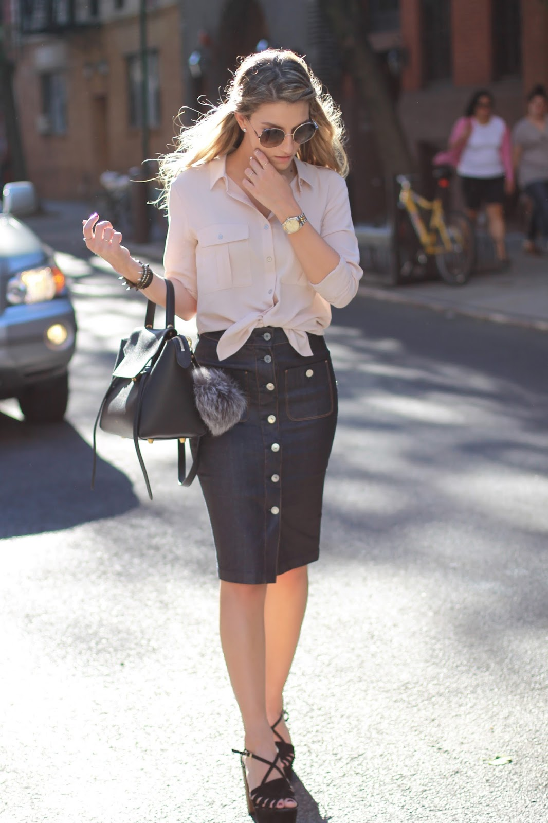 long button skirt outfit, denim skirt outfit ideas