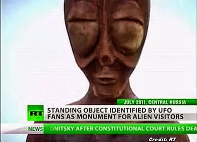 Russia Unveils Monument To Aliens (2011)
