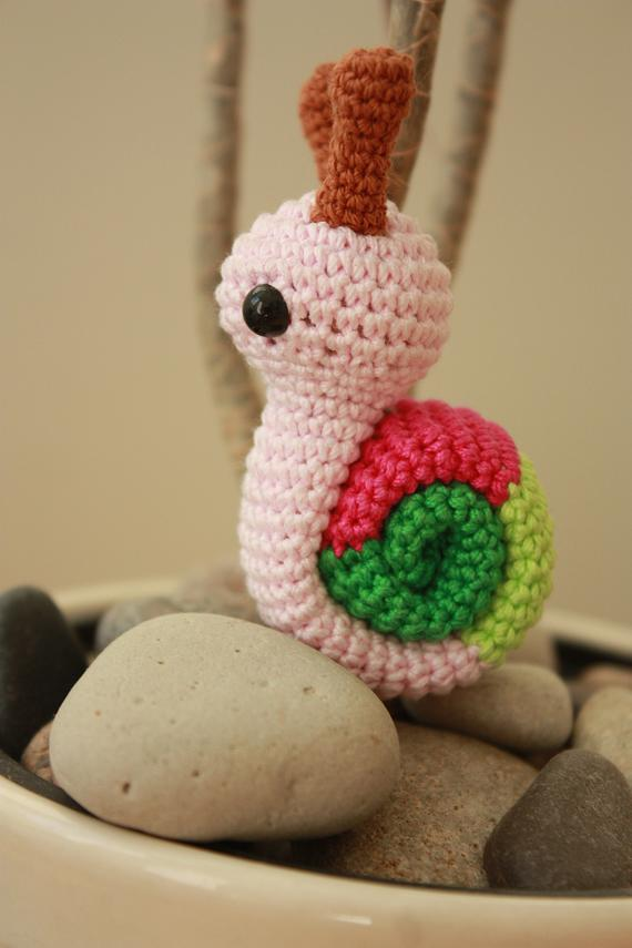 Crochet Quail Pattern : HAPPYAMIGURUMI: Amigurumi snail pattern