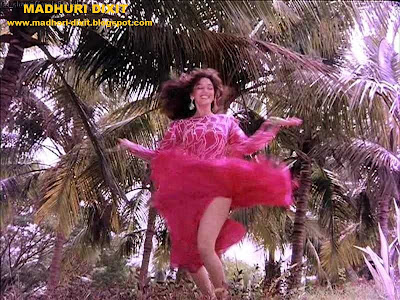 Madhuri Dixit Hot and Sexy Legs and hips nude