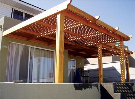 Cobertizos de madera for Casas con cobertizos