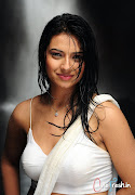 Isha Chawla Latest Hot Stills
