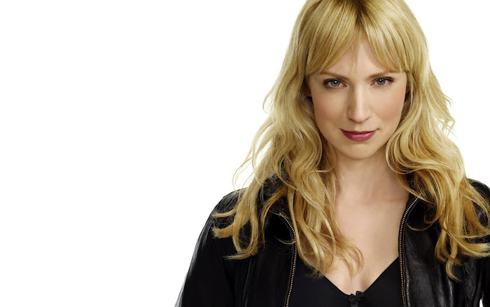 Beth Riesgraf HD Wallpaper -03