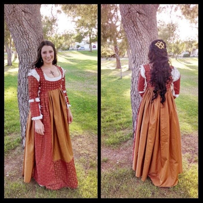 http://eatsleepwritesew.blogspot.com/2014/06/italian-renaissance-dress.html