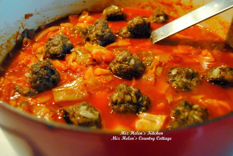 Meatballs In Red Cabbage Sauce at Miz Helen's Country Cottage