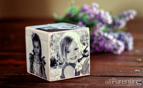 http://www.allparenting.com/my-me-time/articles/967953/how-to-make-a-mothers-day-photo-cube