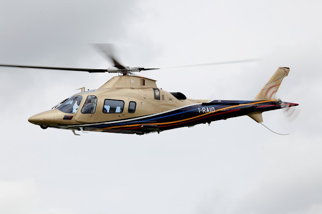 Gambar Helikopter Agusta Westland AW 109 - 20