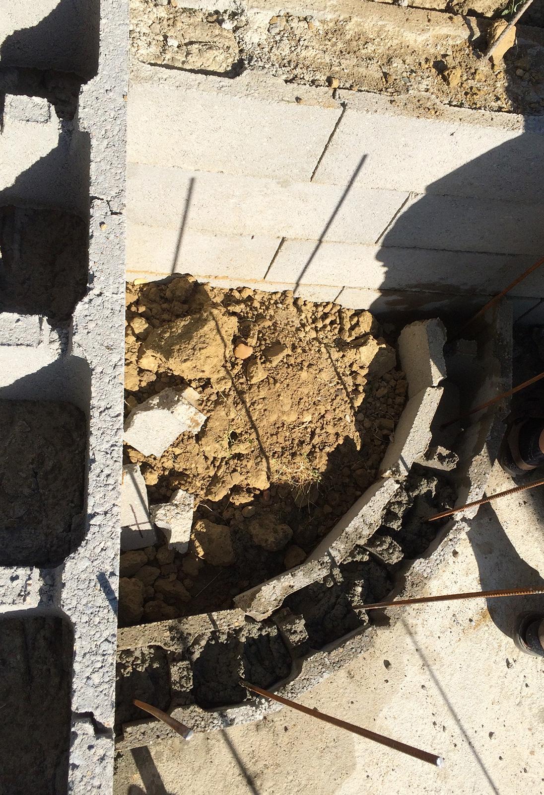 Construction piscine b ton suite construction d 39 une for Marche piscine beton