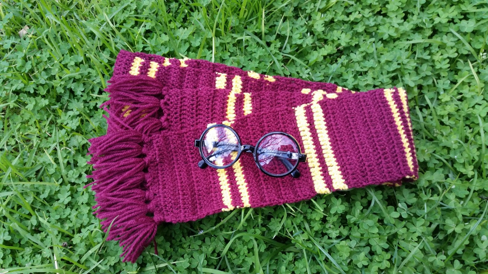 Red Haired Amazona: A Crochet Harry Potter Gryffindor Scarf for Book ...