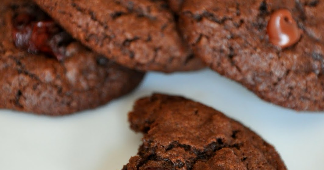 VeganBakingMama: Double Chocolate Cherry Quinoa Cookies ...