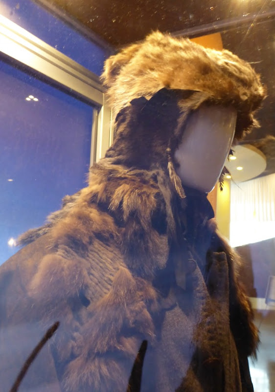 Leonardo DiCaprio The Revenant fur hat