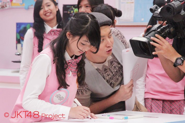 Jeje JKT48 at JKT48 School episode 8