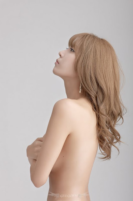 Heo Yun Mi Sexy In New Photos