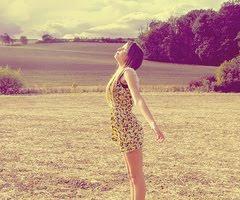 Y que el viento me de en la cara a ver si me saca una sonrisa.