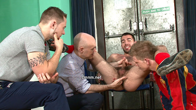 gay piss free pics and videos