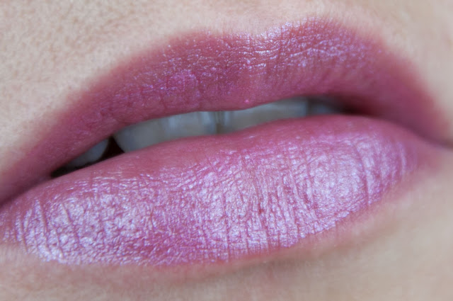 Ultimate Colour Lip Colour - Rocking Like A Pink-Star