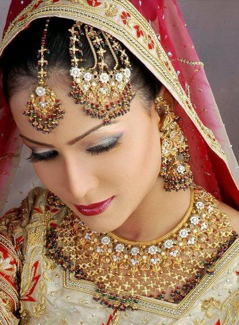 8 october birthday indian celebrity jewellery