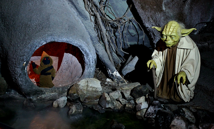 Star Wars, Yoda and Jawa- The Wax Works: Newport, Oregon (Mariner's Square)