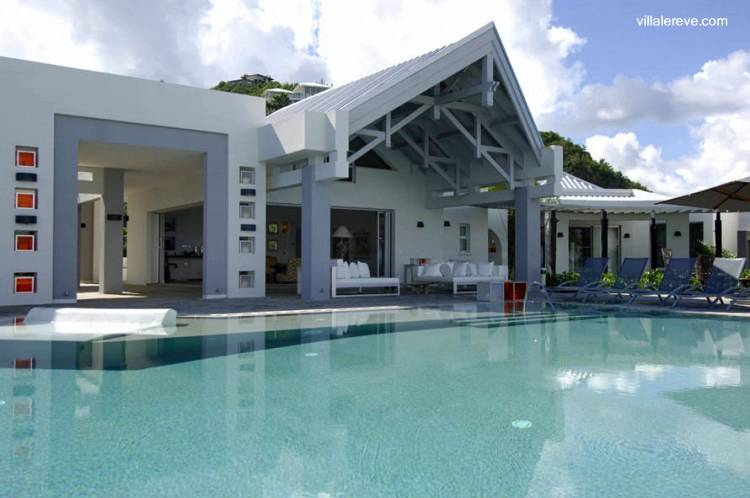 Arquitectura de casas casas lujosas for Cama lujosa