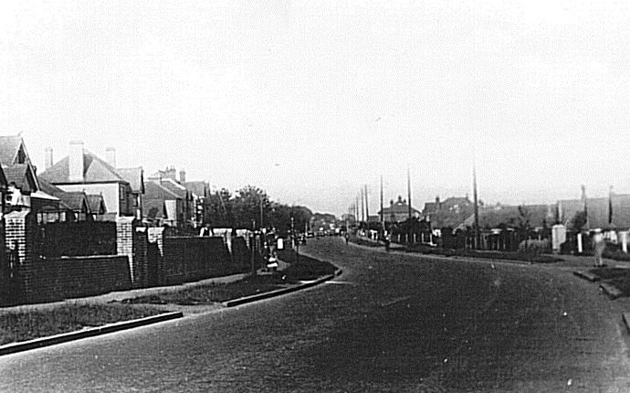 The Havant Road at Drayton