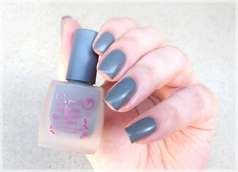 matter p2 Nagellack grau shocking grey