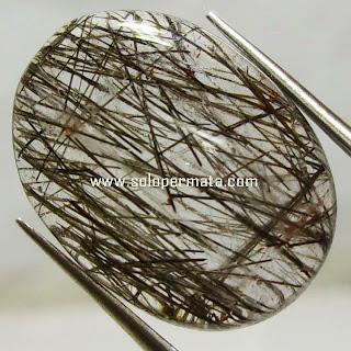 Batu Permata Black Rutile Quartz