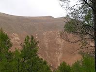 Una altra vista de la immensa muntanya que és el runam salí del Cogulló