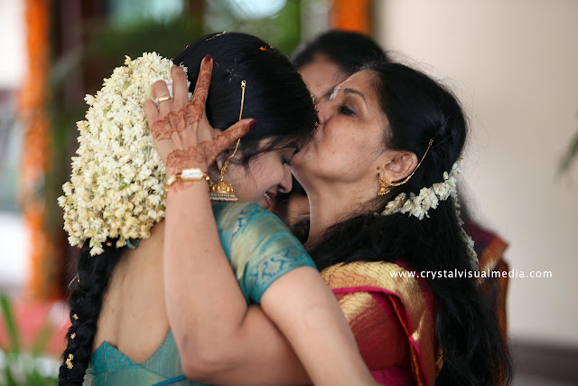 professional wedding photography kerala