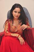 Ishika singh latest dazzling photos-thumbnail-15