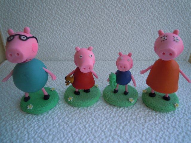 Creaciones Iris Marbella: Peppa Pig en porcelana fria
