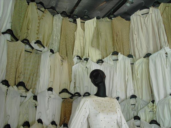 exposicion vestuario isabel