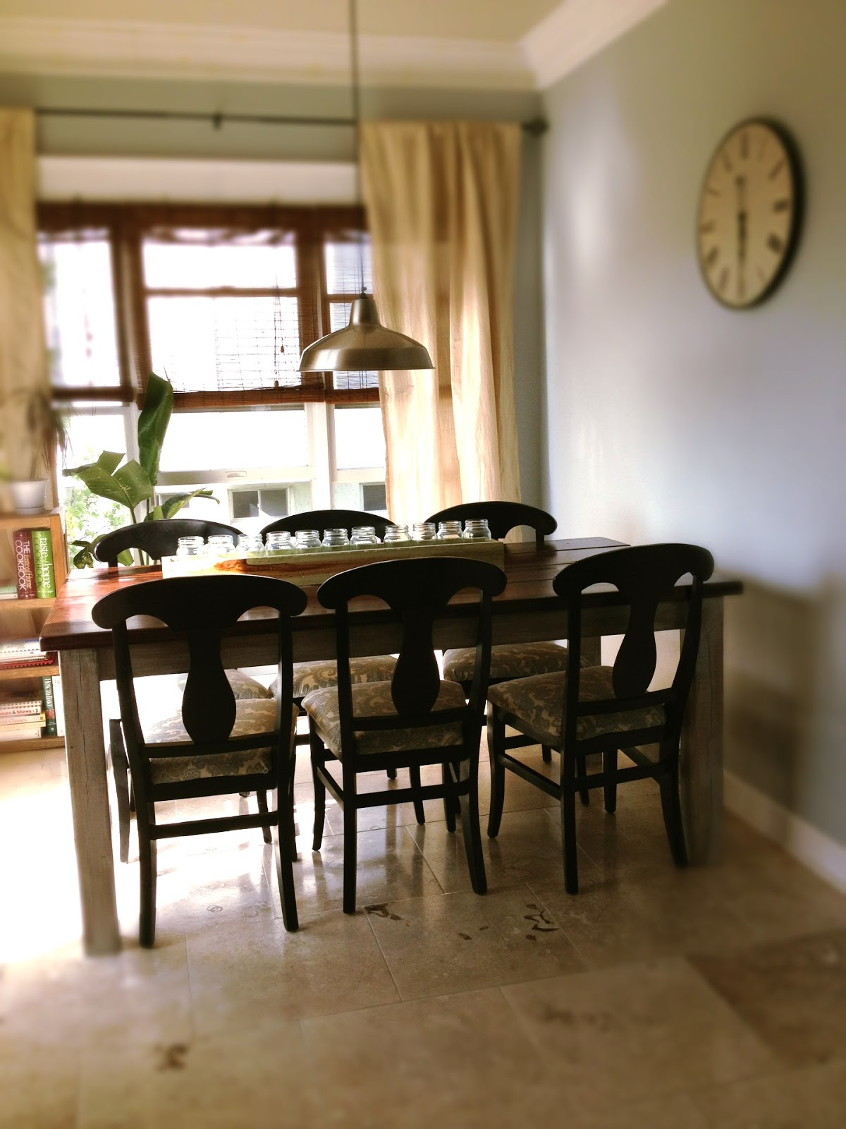 Last Month I Posted How To Give The Farmhouse Table A Weathered Finish. You  Can Find The Post Here.
