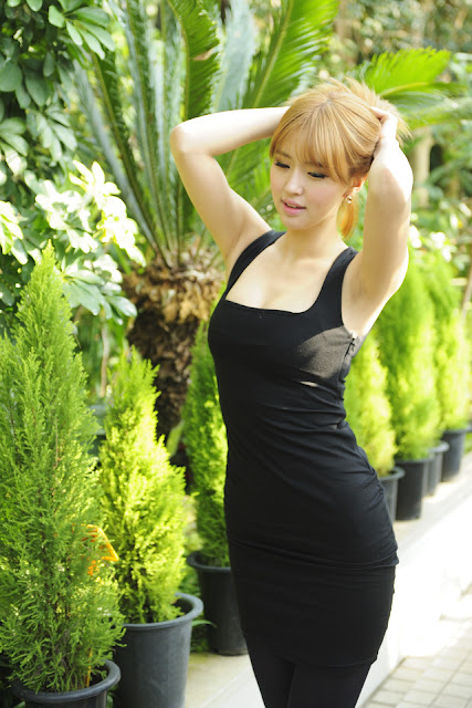 Choi Byeol Ha in Black Dress
