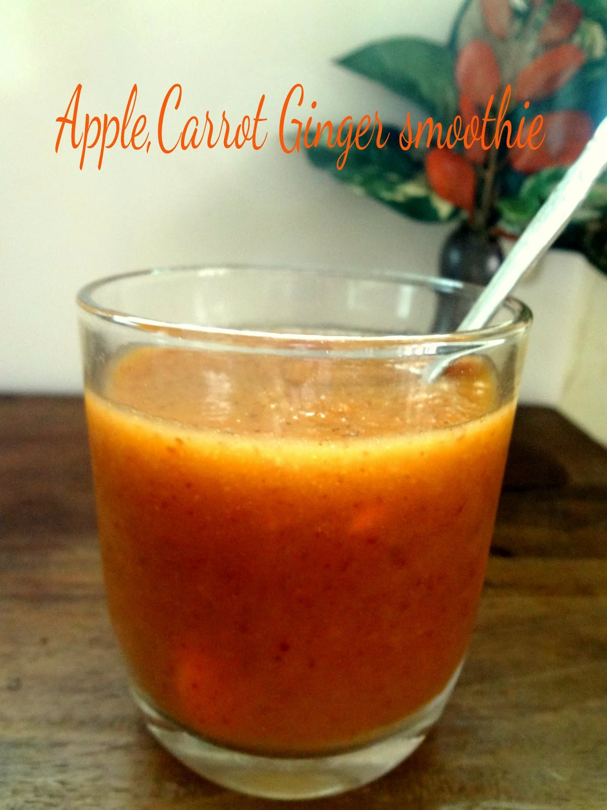 Your Everyday Cook: Apple carrot ginger smoothie