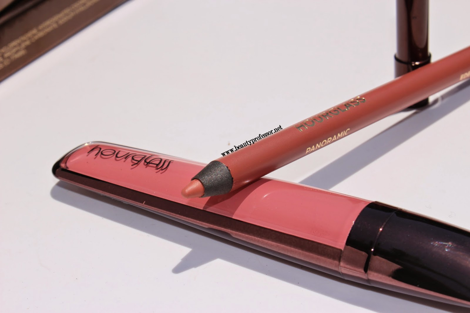 hourglass panoramic lip pencil eden