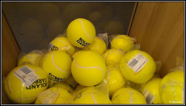 Les grosses Ba-balles Roland Garros 2013 boutique souvenirs balles tennis géantes