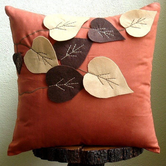 Декоративные подушки на диван своими руками мастер