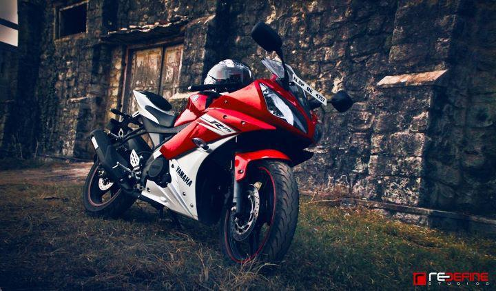 Yamaha R15 V2 Yamaha R15 V2 Wallpapers India Price