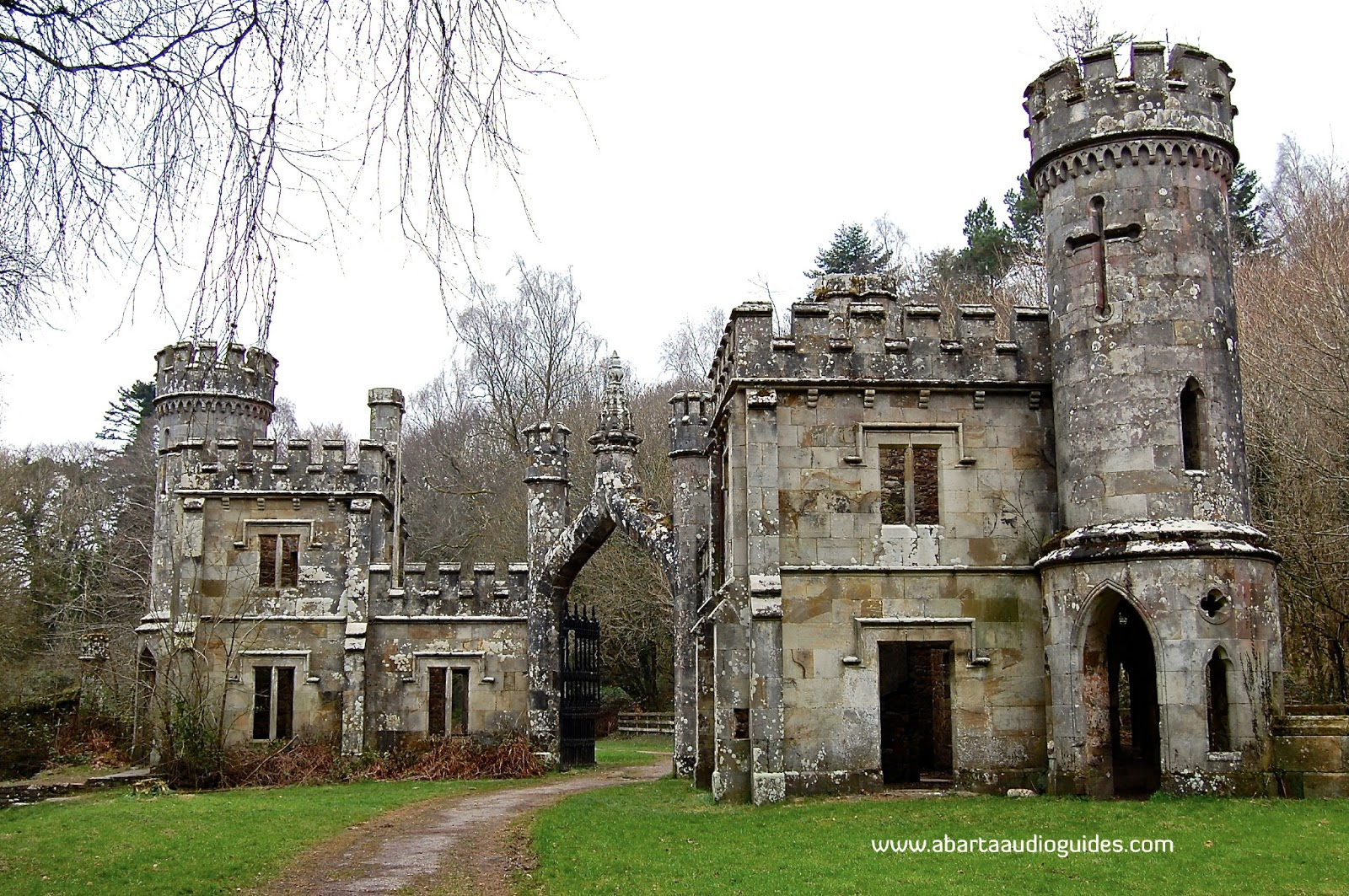 Time travel ireland the towers ballysaggartmore county for Build a castle home